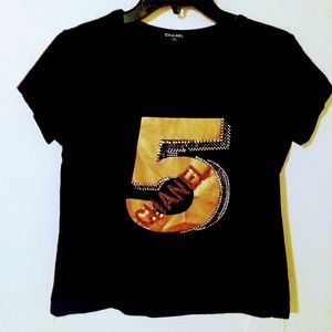 Chanel 5 top